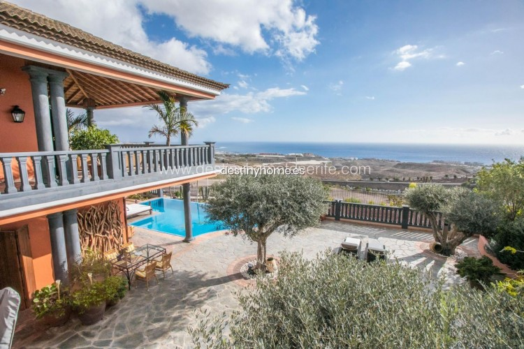 4 Bed  Villa/House for Sale, Adeje, Santa Cruz de Tenerife, Tenerife - DH-VPTVLUJOG4H_11-19 14