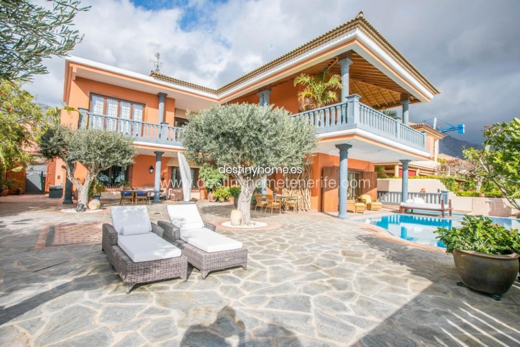 4 Bed  Villa/House for Sale, Adeje, Santa Cruz de Tenerife, Tenerife - DH-VPTVLUJOG4H_11-19 2