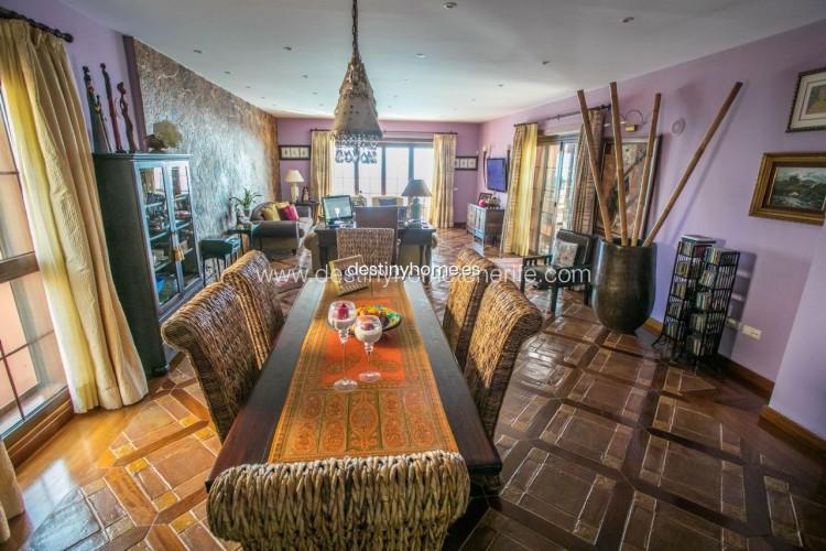 4 Bed  Villa/House for Sale, Adeje, Santa Cruz de Tenerife, Tenerife - DH-VPTVLUJOG4H_11-19 4