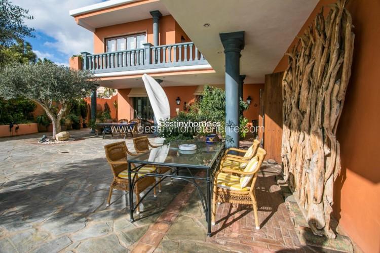 4 Bed  Villa/House for Sale, Adeje, Santa Cruz de Tenerife, Tenerife - DH-VPTVLUJOG4H_11-19 6