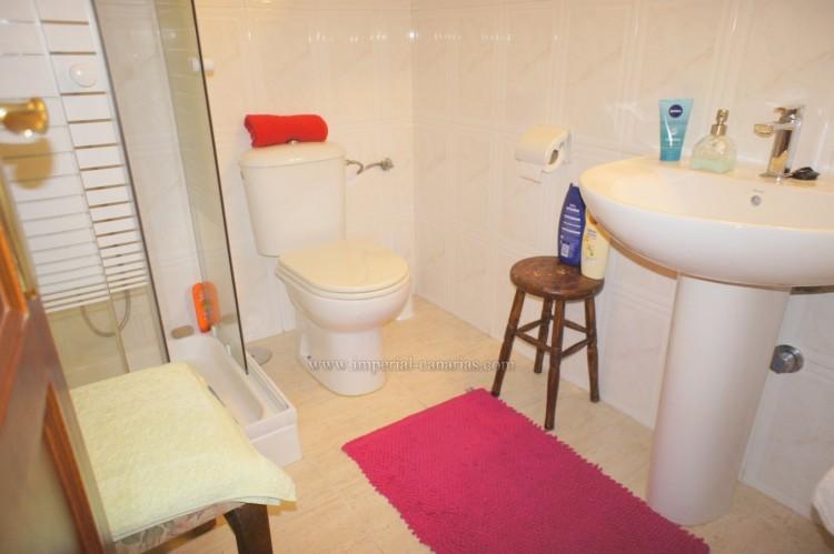 2 Bed  Flat / Apartment for Sale, Puerto de la Cruz, Tenerife - IC-VPI10590 12