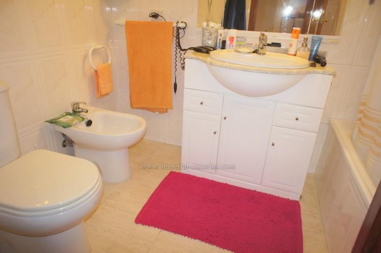 2 Bed  Flat / Apartment for Sale, Puerto de la Cruz, Tenerife - IC-VPI10590 13