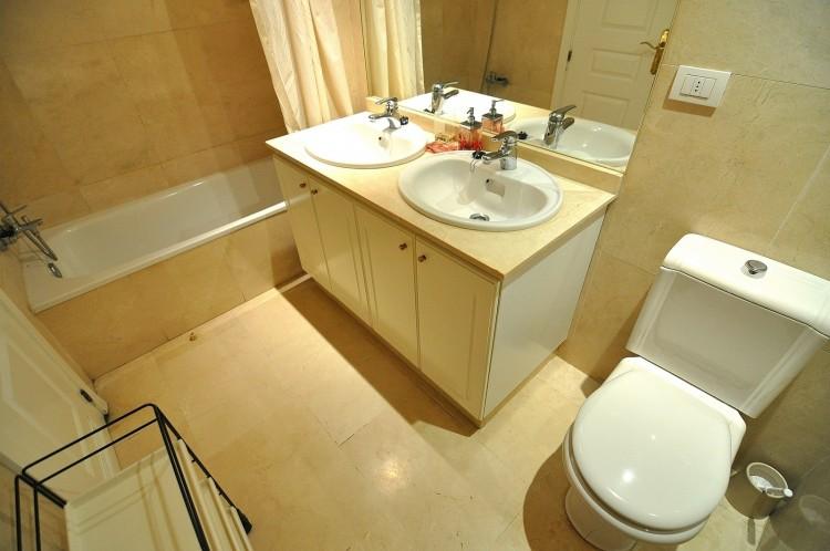 3 Bed  Flat / Apartment for Sale, Costa Adeje (El Duque), Tenerife - NP-01749 18