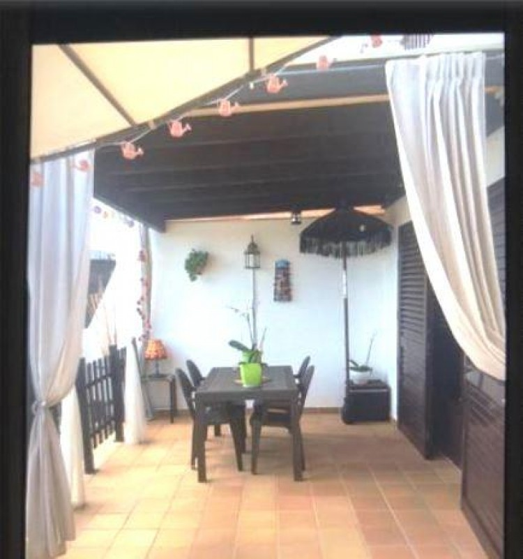 2 Bed  Villa/House for Sale, Playa Blanca, Lanzarote - LA-LA937s 4