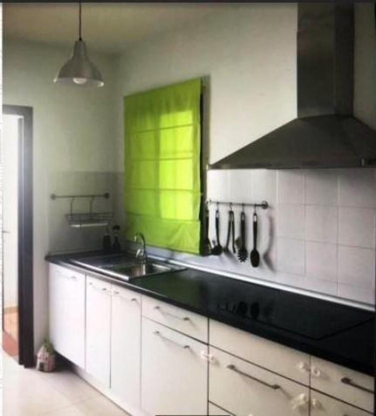 2 Bed  Villa/House for Sale, Playa Blanca, Lanzarote - LA-LA937s 5