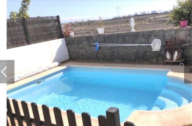 2 Bed  Villa/House for Sale, Playa Blanca, Lanzarote - LA-LA937s 7