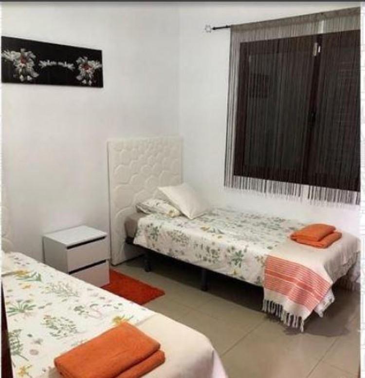 2 Bed  Villa/House for Sale, Playa Blanca, Lanzarote - LA-LA937s 9
