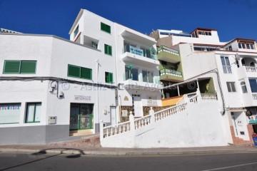 2 Bed  Flat / Apartment for Sale, Puerto De Santiago, Santiago Del Teide, Tenerife - AZ-1411