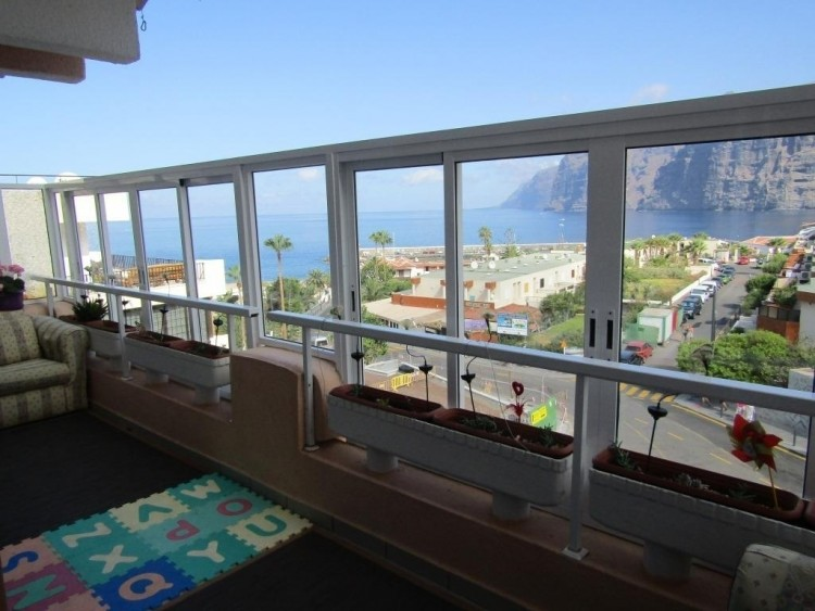 2 Bed  Flat / Apartment for Sale, Los Gigantes, Tenerife - NP-02889 1