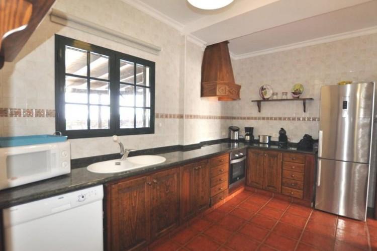 4 Bed  Villa/House for Sale, Punta Mujeres, Lanzarote - LA-LA938s 3