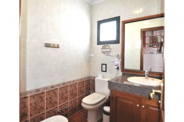 4 Bed  Villa/House for Sale, Punta Mujeres, Lanzarote - LA-LA938s 6