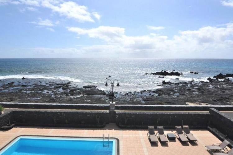 4 Bed  Villa/House for Sale, Punta Mujeres, Lanzarote - LA-LA938s 7