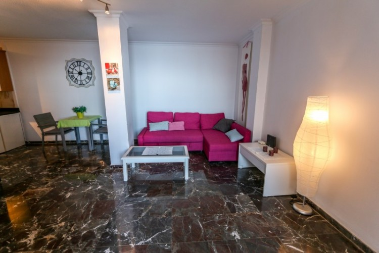 1 Bed  Flat / Apartment for Sale, Los Gigantes, Tenerife - YL-PW144 1