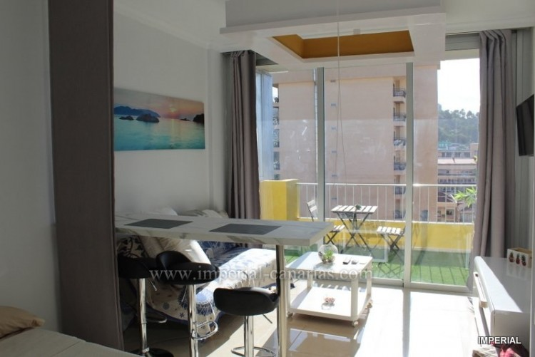 Flat / Apartment for Sale, Puerto de la Cruz, Tenerife - IC-VES10595 2