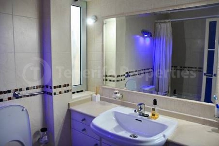4 Bed  Villa/House for Sale, Puerto Colon, San Eugenio, Tenerife - TP-16460 14