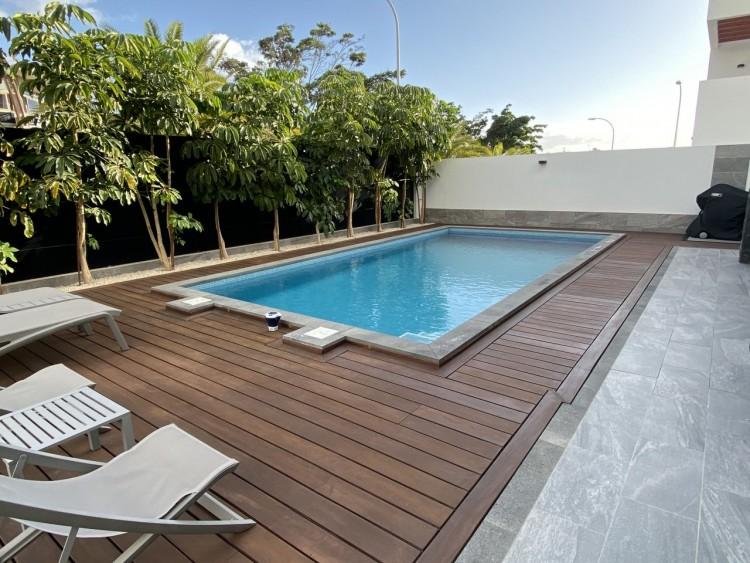 4 Bed  Villa/House for Sale, Los Cristianos, Arona, Tenerife - MP-V0716-4 12