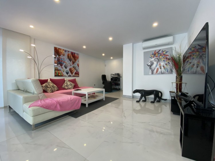 4 Bed  Villa/House for Sale, Los Cristianos, Arona, Tenerife - MP-V0716-4 3