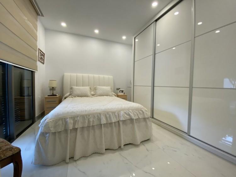 4 Bed  Villa/House for Sale, Los Cristianos, Arona, Tenerife - MP-V0716-4 4