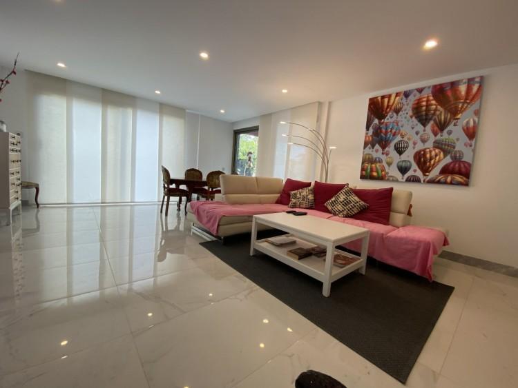 4 Bed  Villa/House for Sale, Los Cristianos, Arona, Tenerife - MP-V0716-4 5
