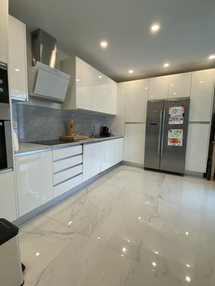 4 Bed  Villa/House for Sale, Los Cristianos, Arona, Tenerife - MP-V0716-4 7