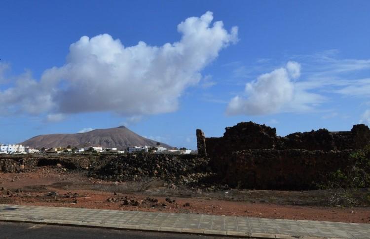 3 Bed  Villa/House to Rent, Oliva, La, Las Palmas, Fuerteventura - DH-XAOCPTDX3LOCO1A-119 15