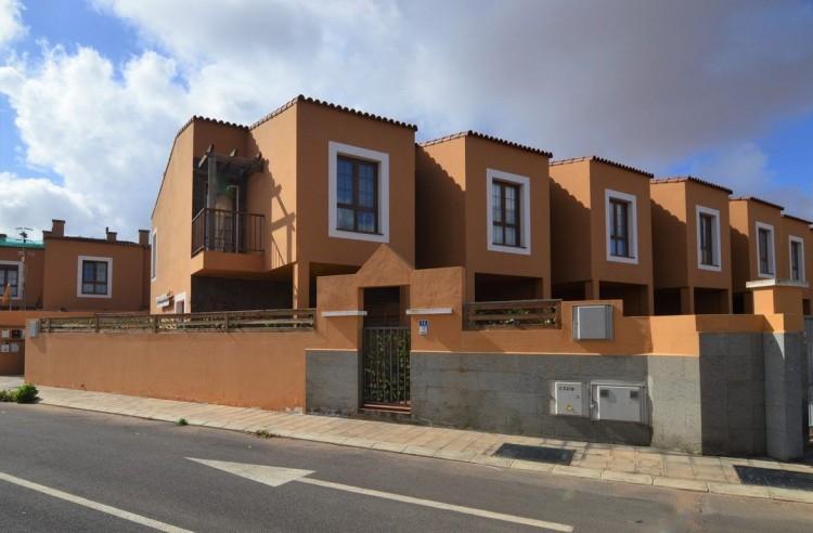 3 Bed  Villa/House to Rent, Oliva, La, Las Palmas, Fuerteventura - DH-XAOCPTDX3LOCO1A-119 7