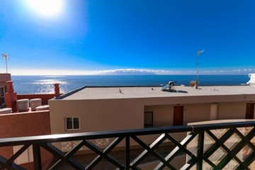2 Bed  Flat / Apartment for Sale, Puerto De Santiago, Tenerife - YL-PW146