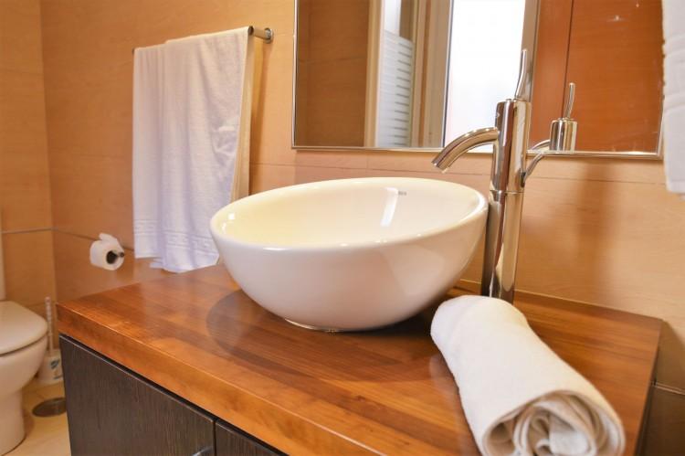 2 Bed  Villa/House for Sale, Costa Adeje, Santa Cruz de Tenerife, Tenerife - DH-VPTJMSTFUE22_12-19 14