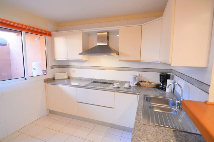 2 Bed  Villa/House for Sale, Costa Adeje, Santa Cruz de Tenerife, Tenerife - DH-VPTJMSTFUE22_12-19 7