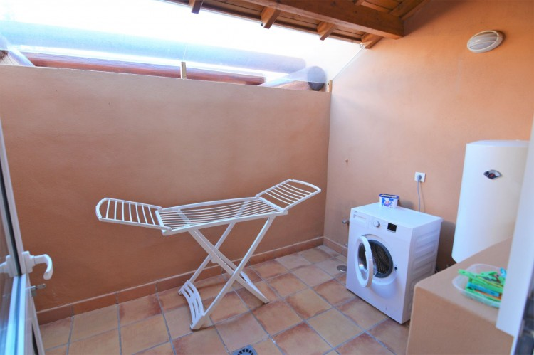2 Bed  Villa/House for Sale, Costa Adeje, Santa Cruz de Tenerife, Tenerife - DH-VPTJMSTFUE22_12-19 9