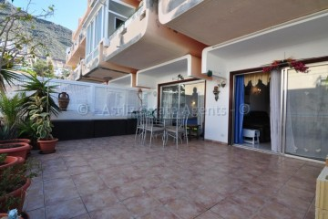 2 Bed  Flat / Apartment for Sale, Los Gigantes, Tenerife - AZ-1415
