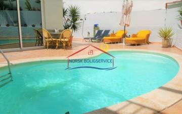 4 Bed  Villa/House to Rent, Arguineguin, Gran Canaria - NB-2522