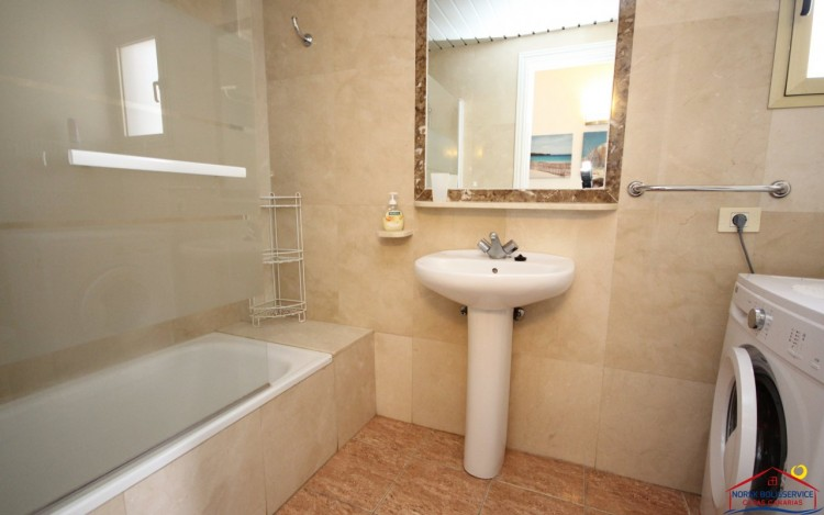 2 Bed  Flat / Apartment to Rent, Puerto Rico, Gran Canaria - NB-380 12