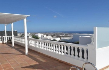 4 Bed  Villa/House for Sale, Guime, Lanzarote - LA-LA947s