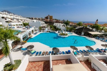 2 Bed  Flat / Apartment for Sale, Playa Paraiso, Tenerife - YL-PW151
