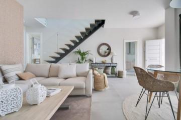 3 Bed  Villa/House for Sale, Costa Teguise, Lanzarote - LA-LA952s