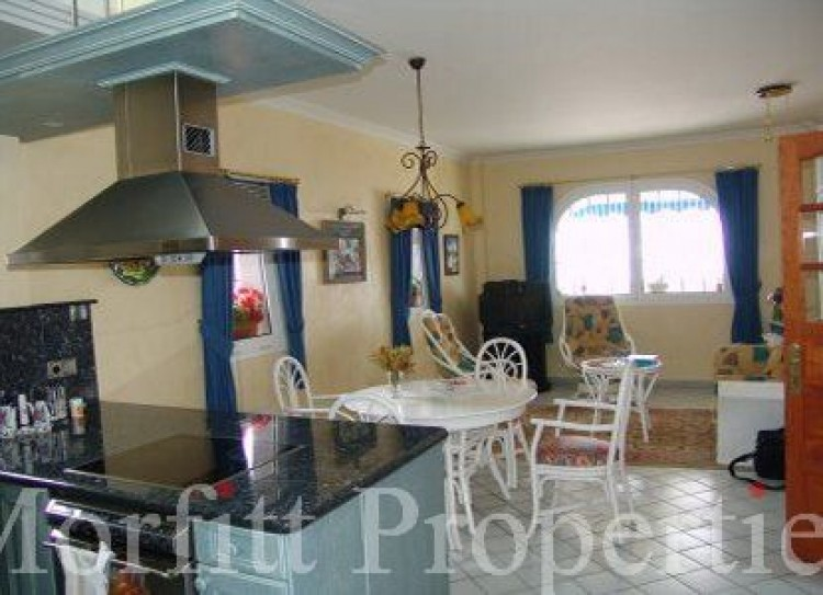 3 Bed  Villa/House for Sale, Armenime, Adeje, Tenerife - MP-V0030-3 5
