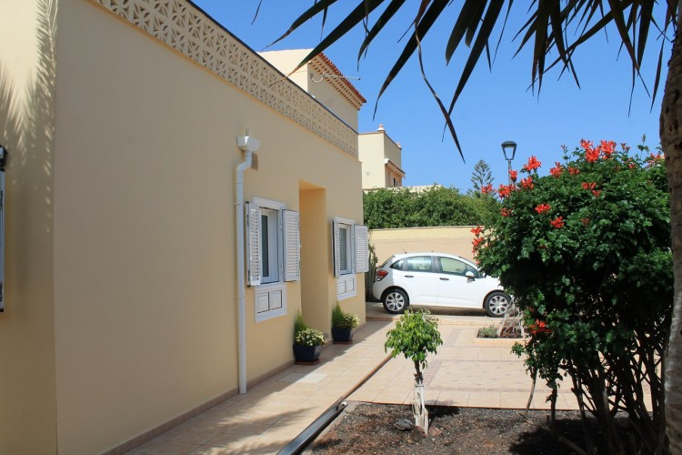 3 Bed  Villa/House for Sale, Costa del Silencio, Arona, Tenerife - MP-V0630-3 1