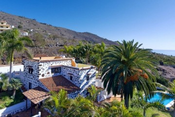 4 Bed  Villa/House for Sale, La Punta, Tijarafe, La Palma - LP-Ti212