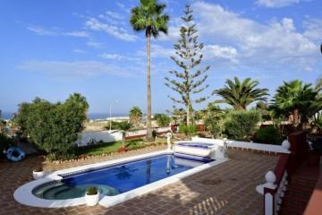 5 Bed  Villa/House for Sale, Playa Paraiso, Adeje, Tenerife - MP-V0721-5