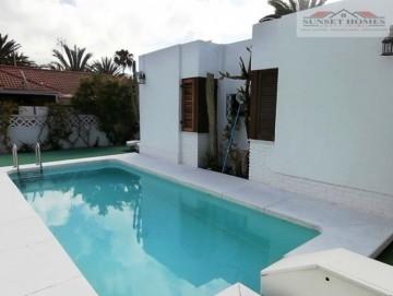 3 Bed  Villa/House to Rent, Playa del Inglés, San Bartolomé de Tirajana, Gran Canaria - SH-1048R