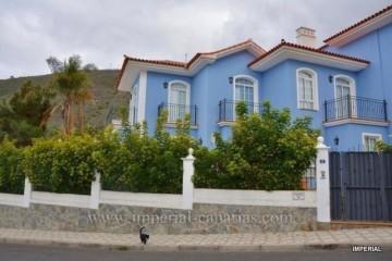 4 Bed  Villa/House for Sale, La Orotava, Tenerife - IC-VAD10637