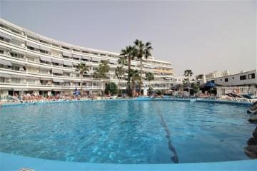 2 Bed  Villa/House for Sale, Playa De Las Americas, Tenerife - AZ-1434