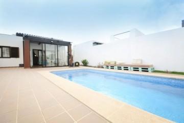 3 Bed  Villa/House for Sale, Caleta de Fuste, Las Palmas, Fuerteventura - DH-VPTVILLGOLF-0220