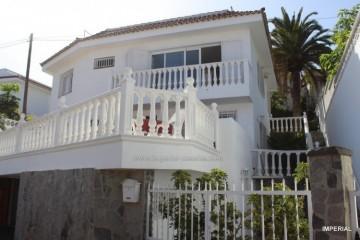 4 Bed  Villa/House for Sale, Puerto de la Cruz, Tenerife - IC-VCH10648