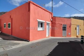 4 Bed  Villa/House for Sale, Santiago Del Teide, Tenerife - AZ-1439