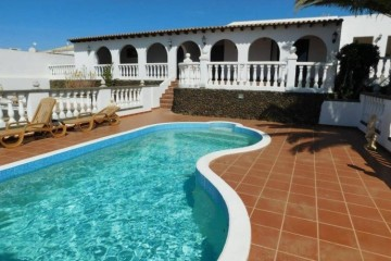 4 Bed  Villa/House for Sale, Guime, Lanzarote - LA-LA961s