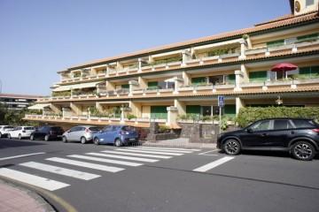 2 Bed  Flat / Apartment to Rent, Puerto de la Cruz, Tenerife - IC-API10667