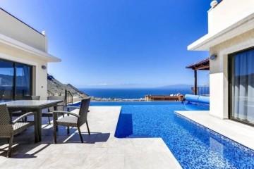 4 Bed  Villa/House for Sale, Torviscas Alto, Adeje, Tenerife - MP-V0723-4C