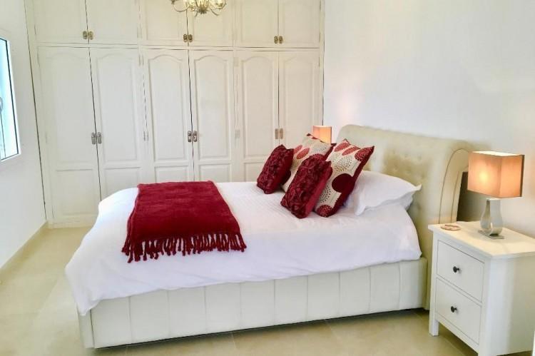 3 Bed  Villa/House for Sale, Puerto Del Carmen, Lanzarote - LA-LA964s 11